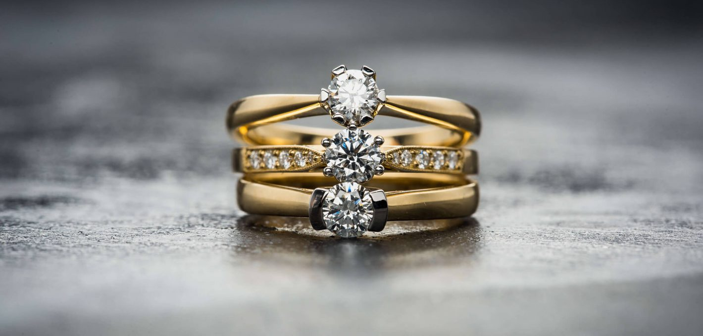 Gold Engagement Rings With Diamond