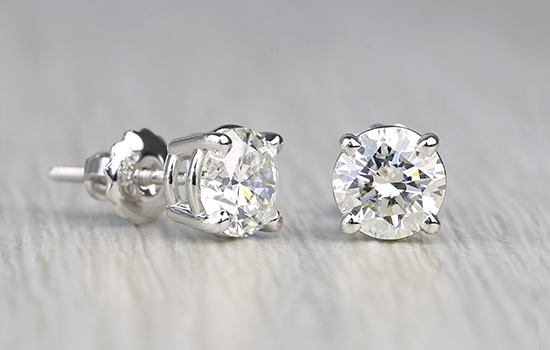 Finding the Right Diamond Jewelry for Your Significant Other this Christmas