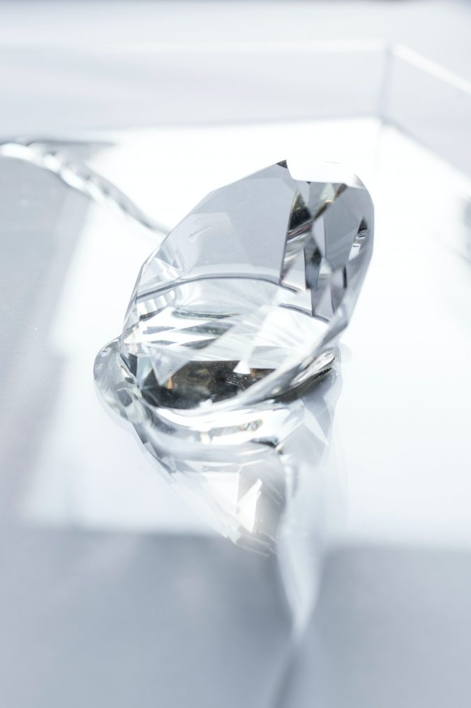 Getting the Right 4 Carat Diamond for Your Significant Other's Engagement Ring